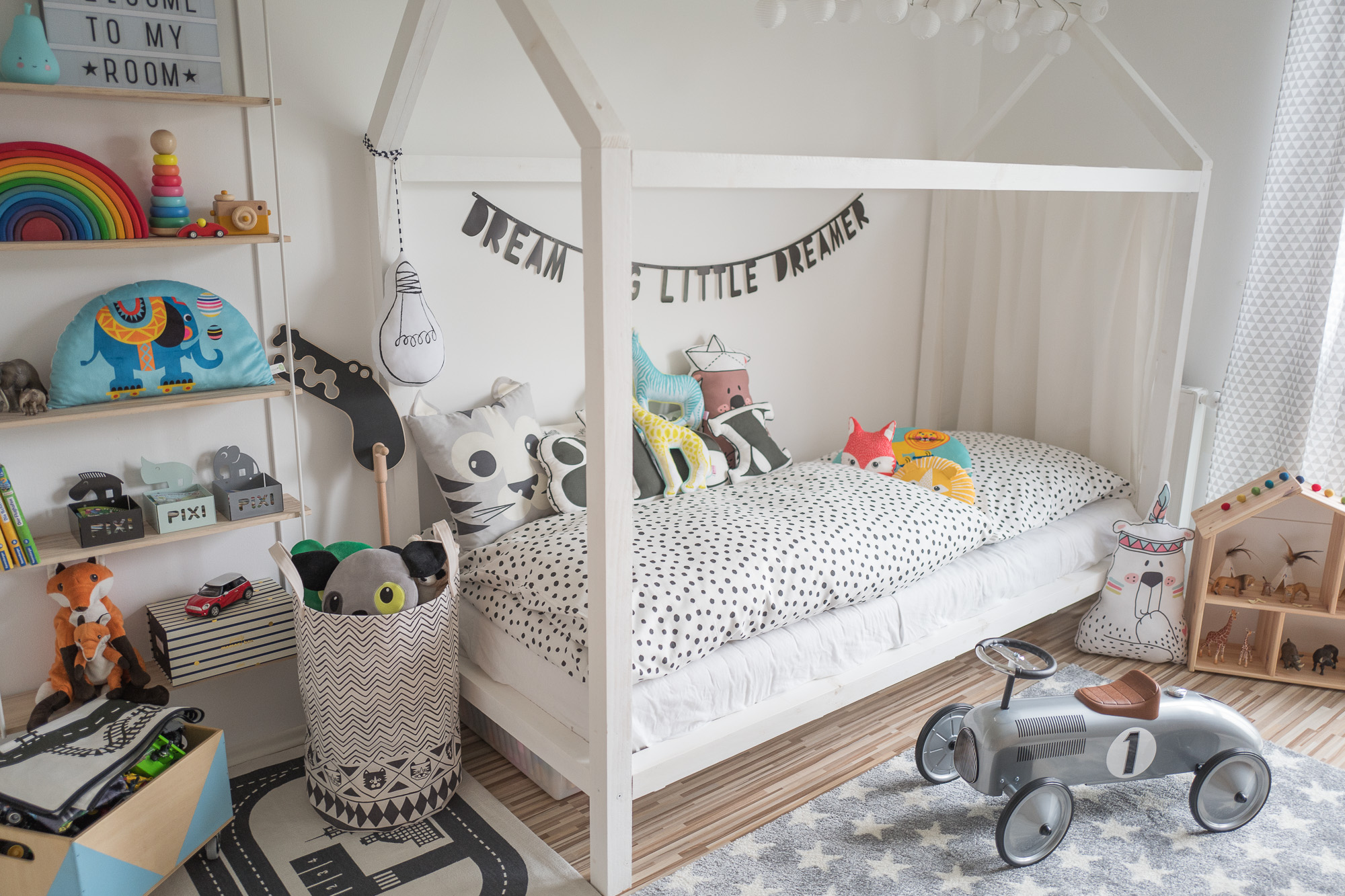 kinderzimmer aufr umen leicht gemacht mamigurumi. Black Bedroom Furniture Sets. Home Design Ideas